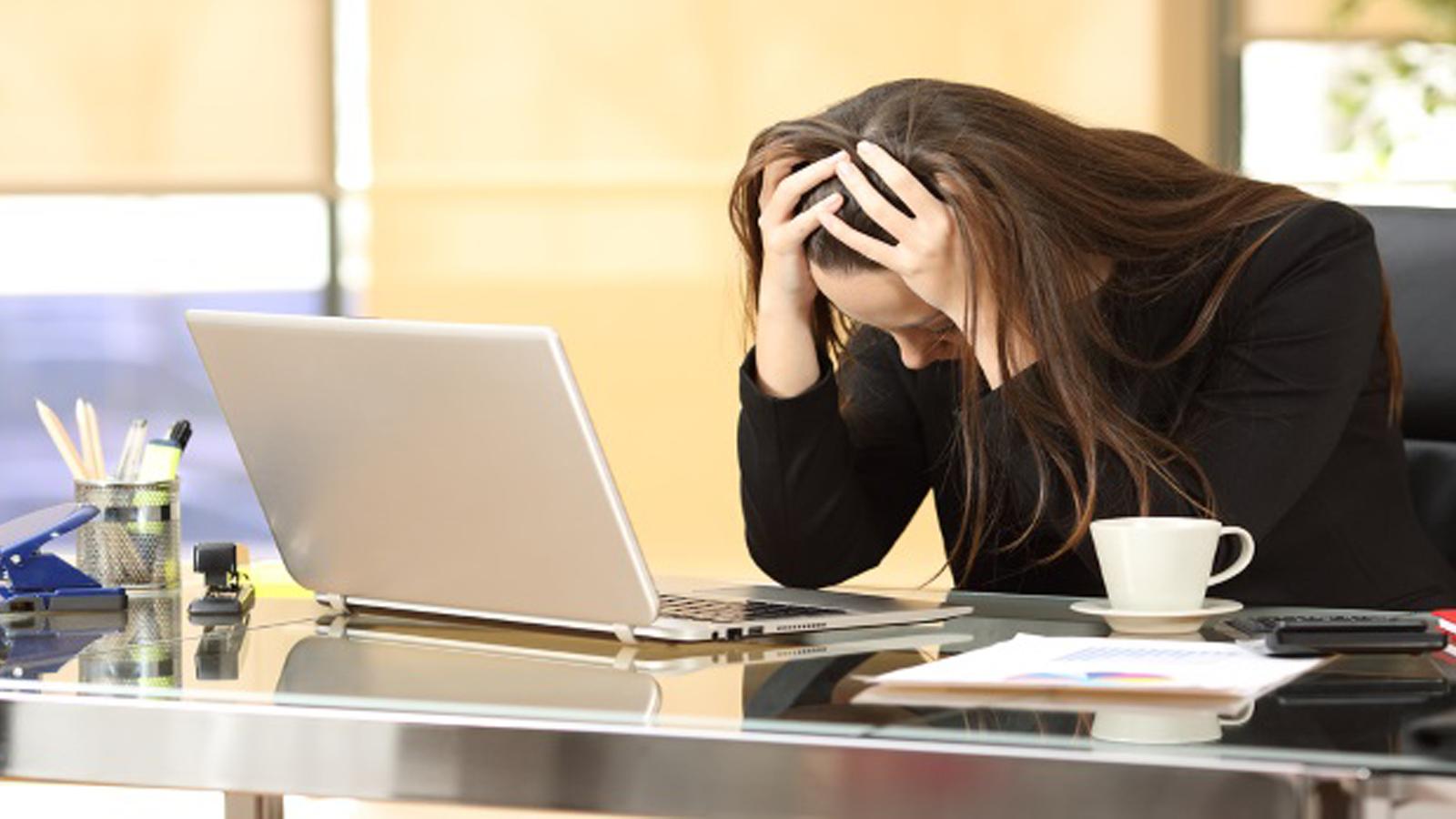 Kάλυψη πανδημίας: Η εξάρτηση των ΜΜΕ από έναν βασικό πελάτη αυξάνει τη ζήτηση